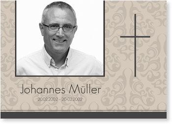 Traueranzeigen online selbst gestalten, Ornamentmuster mit zartem Kreuz