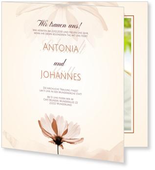 Einladungskarten Hochzeit, Zarte Blumen in Braun